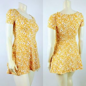 FOREVER 21 LARGE Floral Yellow Fit Flare Dress
